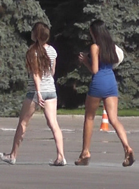 Candid street girls