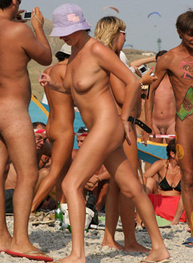 Girls from nudists beach