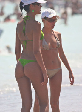 Perfect candid bikini asses from the beach