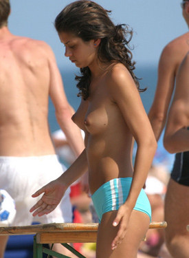 Candid beach bikini hotties