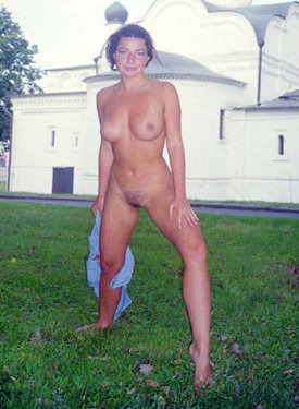 Moscow public nudity girl